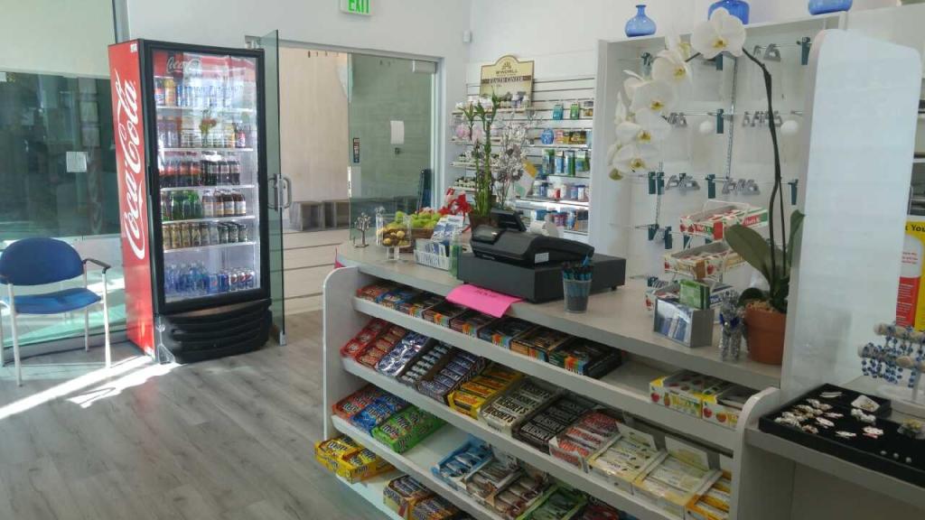 Pharmacy Beverly Hills
